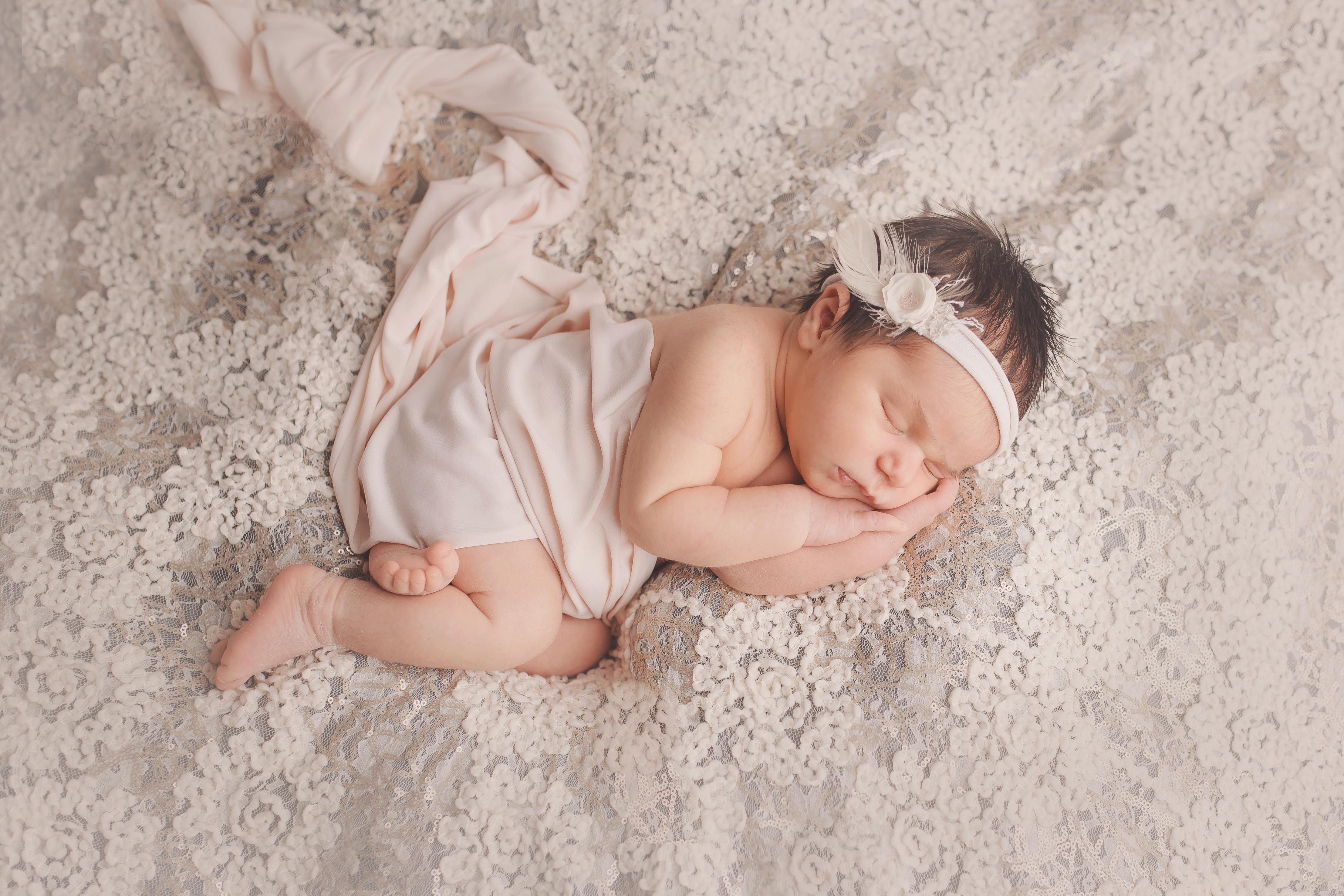 Ubstadt-Weiher besondere Neugeborenenfotos