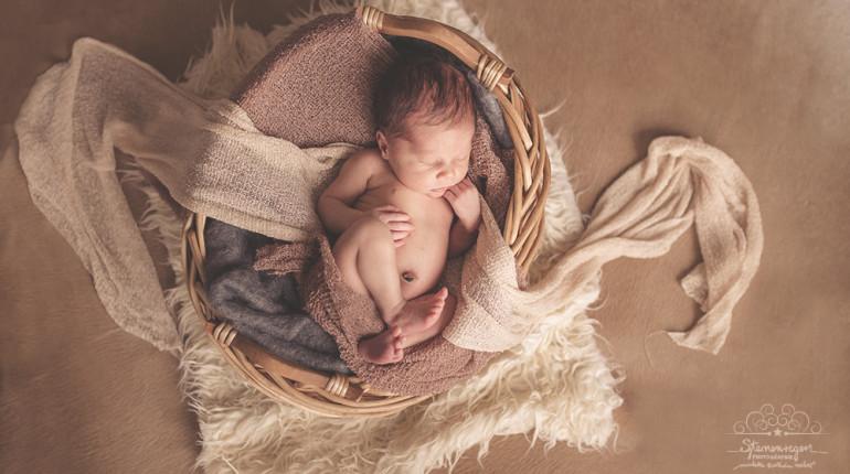natürliche Babyfotografie bei Bretten