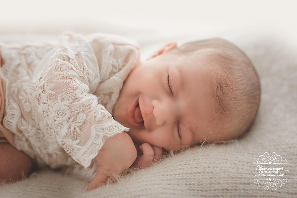 besondere Newbornfotos in Karlsruhe