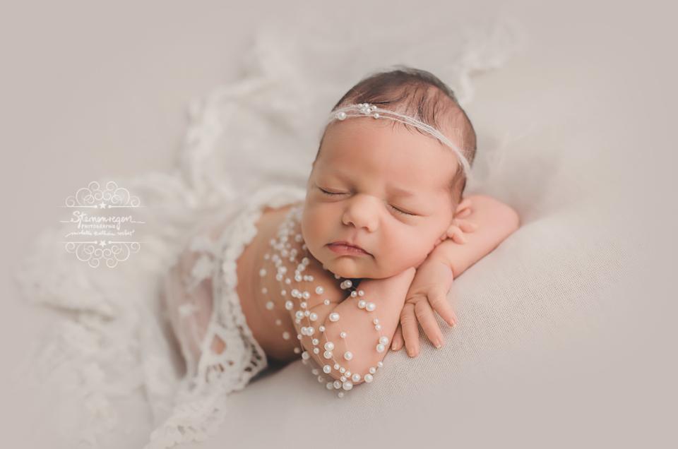 Babyfotografie mit Emma im Atelier – Karlsruhe