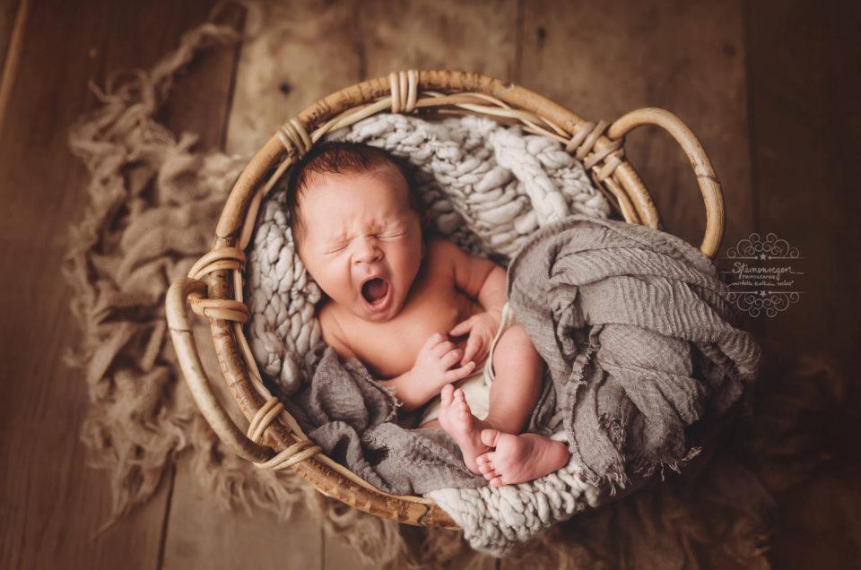 Neugeborenenshooting mit vielen Emotionen