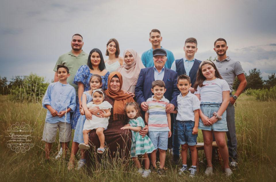 Familienzeit bei Sternenregen Photographie- Großfamilienshooting