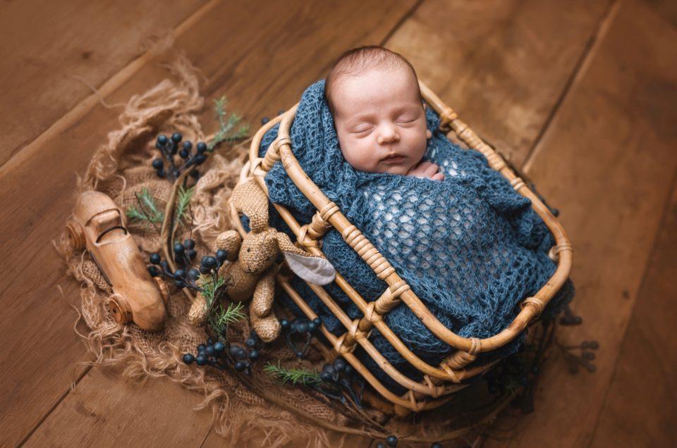 Fa(r)belhafte Babyfotografie- Farbenfrohe Newborn Sets